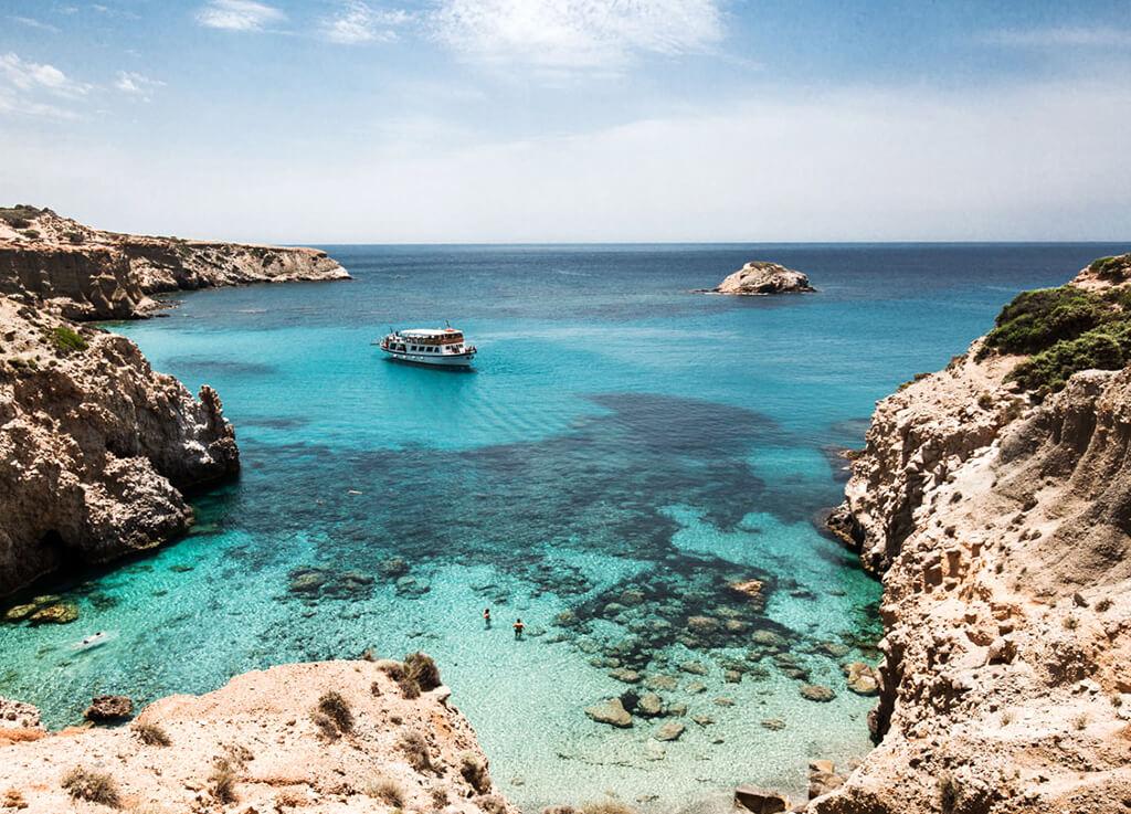 milos adası yunanistan
